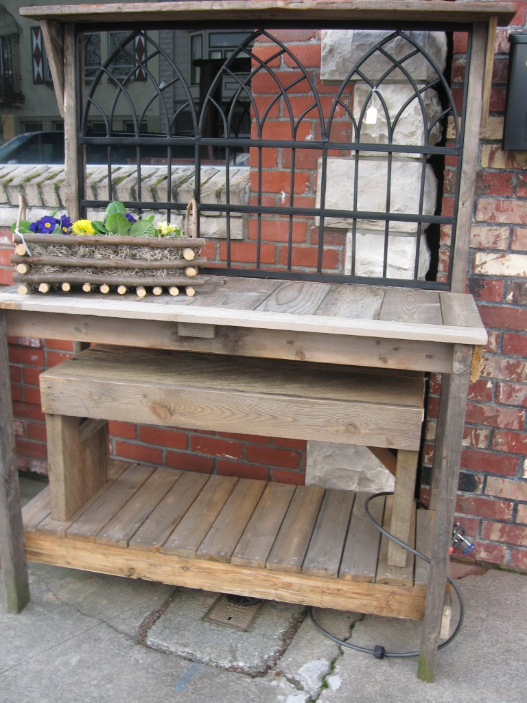 Wrought iron potting bench dream garden woodworks Outdoor potting bench