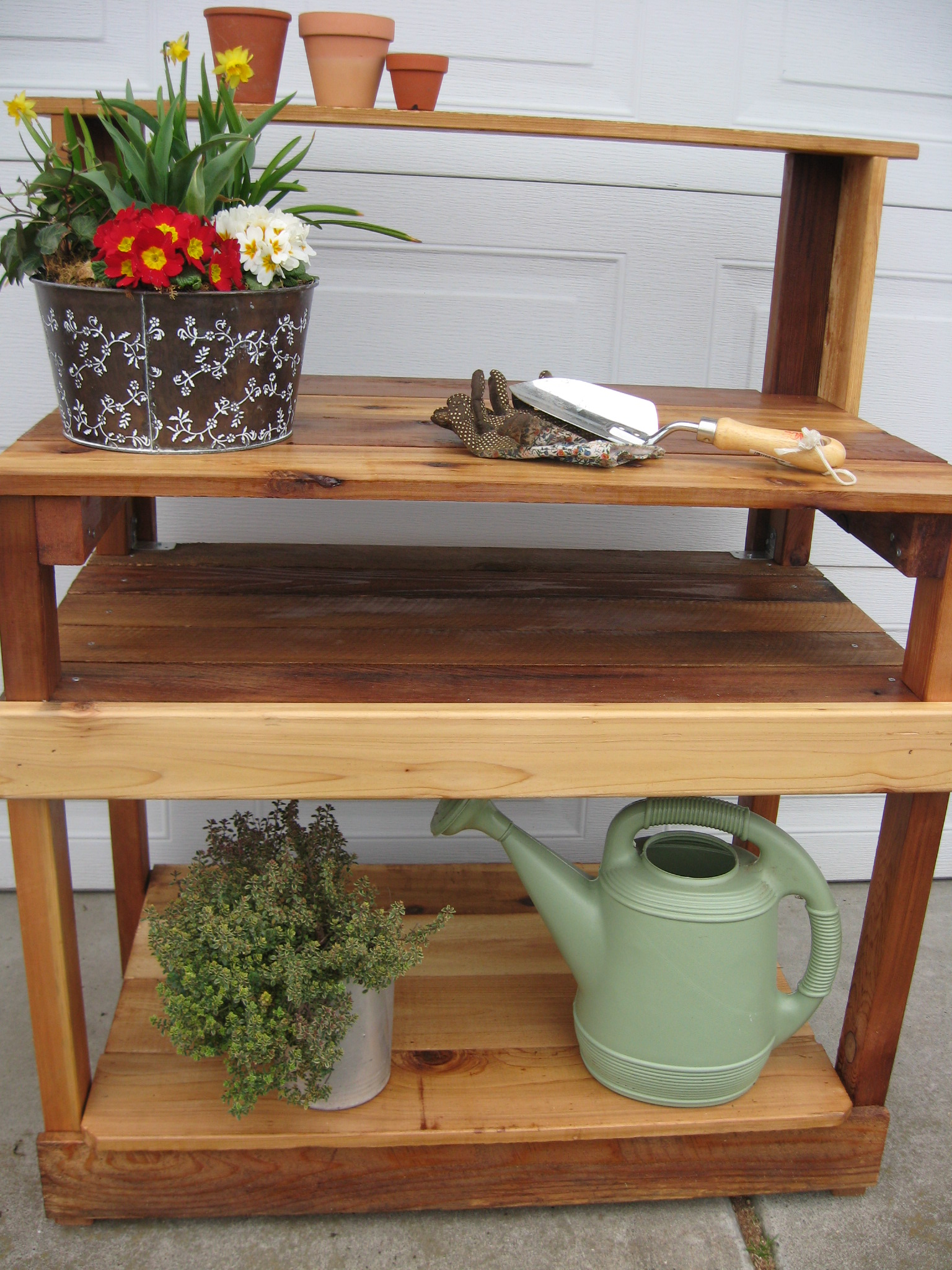 how to build a potting table with sink