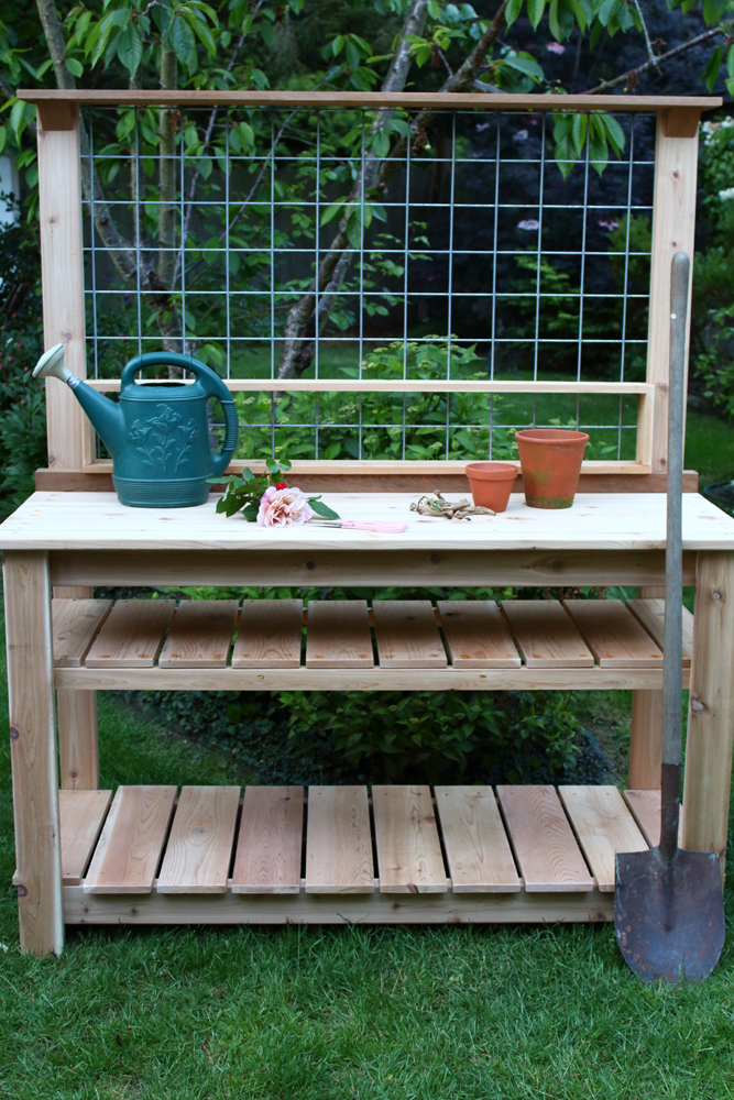oversize cedar Potting Bench